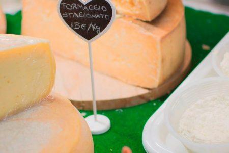 malga-arpaco-formaggio_archivio_apt_valsugana
